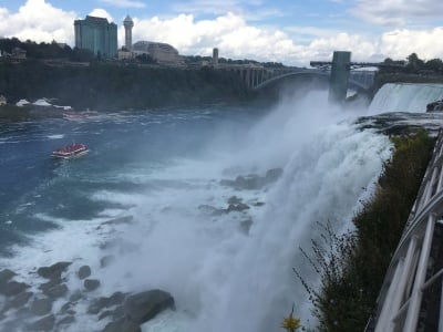 niagra falls, when it's open